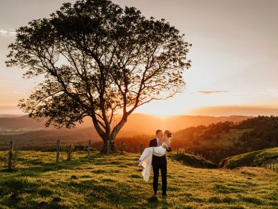 Kimberley + Anthony : Maleny Manor Hinterland